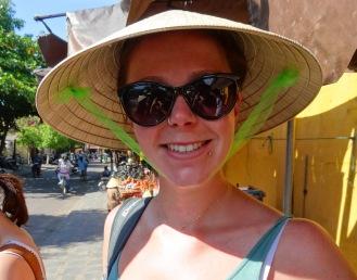 Mega-tourist hats ahoy!