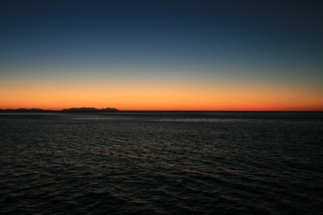 Photo of the week: Whitsundays' sunset. Click to see more.