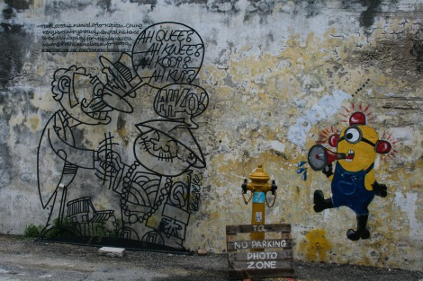 For some reason they are obsessed with Despicable Me. There are minions like this one all over the city!