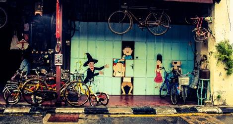 Bike repair shop on Armenian Street.